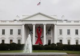 HIV CASA BRANCA LAÇO AIDS